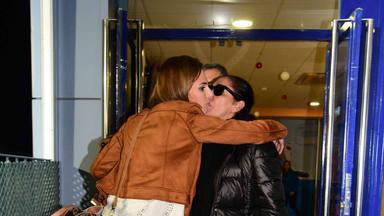 Isabel Pantoja y Kiko Rivera arropan a Irene Rosales tras la muerte de su madre