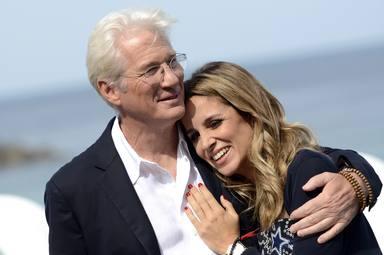 Richard Gere y Alejandra Silva, el amor no tiene edad