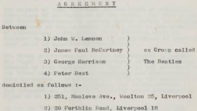 Subastado el primer contrato de The Beatles por 200.000 Euros