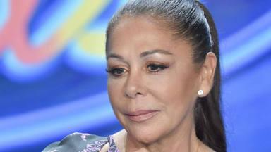 Isabel Pantoja, pensativa en la presentación de 'Idol Kids'