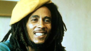 """Estrenan el videoclip de """"No Woman, no cry"""" con apenas una imagen de Bob Marley pero desbordando su presencia"""
