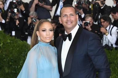 Jennifer López anuncia nou membre a la família