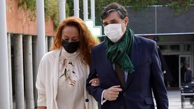 """La frase lapidaria de Rocío Carrasco con la que sentencia a Antonio David al salir de los juzgados: """"Se verá"""""""