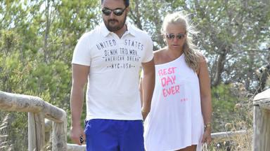 Belén Esteban junto a su novio Miguel continúan sus vacaciones en Benidorm