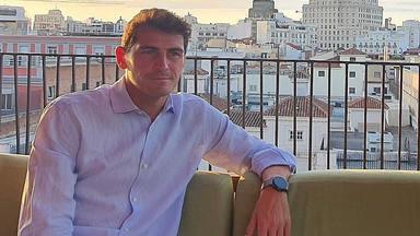 Iker Casillas, destrozado por el daño que el fuego está haciendo a su pueblo, Navalacruz