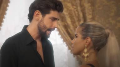 Aquí está el videoclip de 'Non Dire Una Parola' que reúne en Sicilia a Álvaro Soler con la italiana Baby K