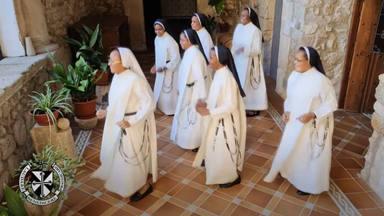 """El aplaudido baile de las monjas de San Miguel de Trujillos a ritmo de """"Jerusalema"""" que se ha hecho viral"""