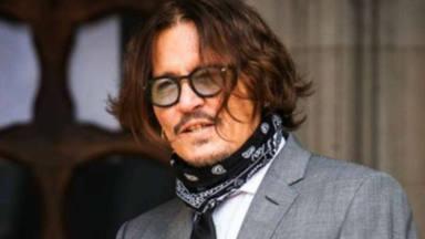 Johnny Depp, se encuentra en la cumbre de la soledad más absoluta
