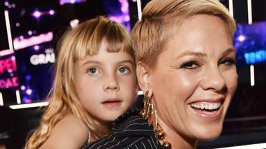 Pink se estrena en tiktok presumiendo de talentosa hija