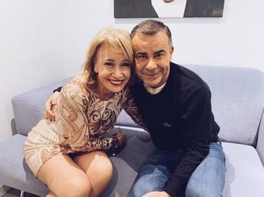 Jorge Javier Vázquez junto a Mila Ximénez en la imagen que compartió en sus redes cuando murió la colaboradora