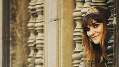 """Rozalén con """"La luz de las niñas"""" de Entreculturas en Guatemala"""