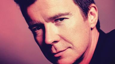 """Rick Astley lanzará su álbum de éxitos """"The Best Of Me"""""""