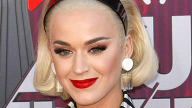 Katy Perry, embarassada i al ritme de 'Firework'