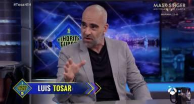 Luis Tosar defiende a Sara Sálamo