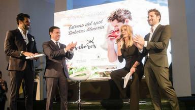 David Bisbal en FItur con Bibiana Fernández, Óscar Higares y Javier A. García