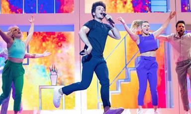Miki Núñez interpreta 'La venda' en 'Eurovisión 2019'