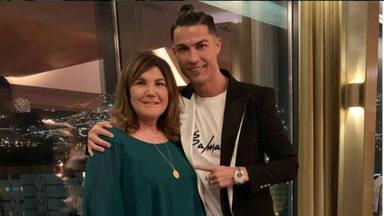 La madre de Cristiano Ronaldo, Dolores Aveiro, víctima de un ictus a sus 65 años