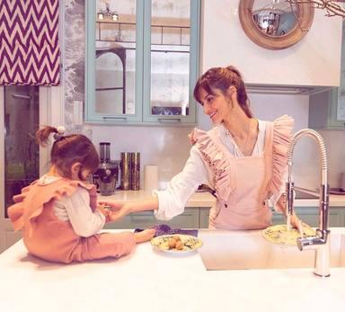 Ariadne Artiles confiesa lo duro que ha sido el coronavirus junto a su hija