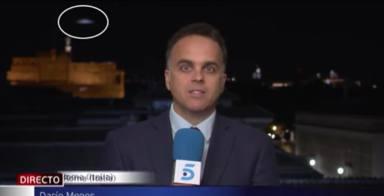 Un ovni se cuela en Informativos Telecinco