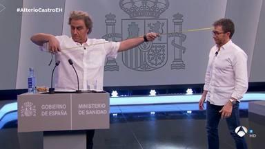 Carlos Latre estrena su tronchante imitanción de Fernando Simón en 'El Hormiguero' dividiendo a las redes