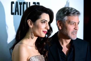 George y Amal Clooney padrinos de un olivo en Carboneros