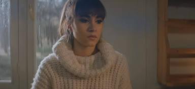 """El videoclip de """"Vas a quedarte"""" enriquece la canción y a Aitana"""