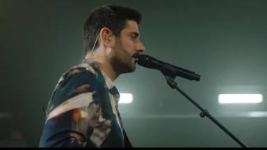 Tres canciones de Melendi cantadas en directo que podemos ver en vídeo