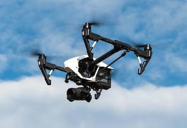 Denuncien a un home a Barcelona per fer volar el seu dron a més de 500 metres