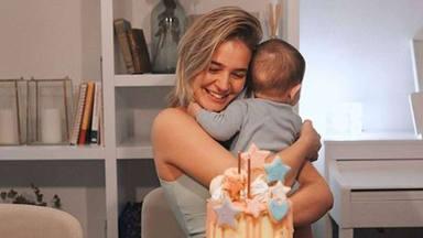 A Laura Escanes le llueven las críticas por dar de comer espaguetis a su hija Roma
