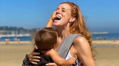 María Castro muestra en Instagram la otra cara de la lactancia materna: cuando tienes que hacer un viaje largo