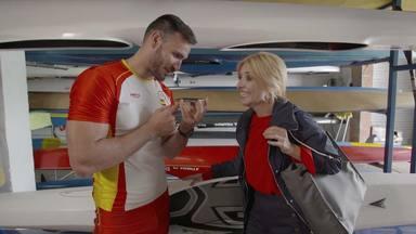 Saúl Craviotto y Cayetana Guillén Cuervo en 'Cena con mamá'