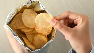 Descubre el motivo por el que las patatas fritas de bolsa son tan adictivas