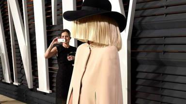 """Sia ha lanzado """" Courage To Change"""" solo por un motivo: """"debemos luchar por un mañana mejor"""""""