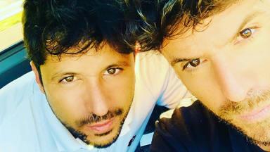 La foto más sentimental de Pablo López en la que da las gracias por su hermano: 'Gracias por Luis, mami'