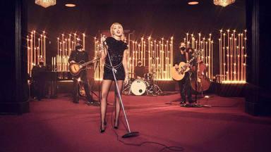 Miley Cyrus rinde homenaje a su amiga Billie Eilish con una bonita versión de la canción 'My Future'