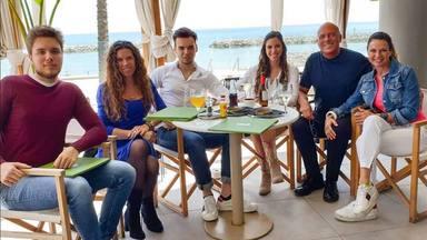 Alfonso Arús y su familia