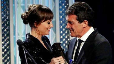 La admiración de Dakota Johnson a Antonio Banderas, reflejada en este emocionante discurso