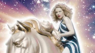 """Kylie Minogue estrena el videoclip para """"Say Something"""" un brillante adelanto de su próximo álbum """"DISCO"""""""