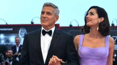 George Clooney le sigue dedicando a su esposa cartas de amor a pesar de vivir en la gran era tecnológica