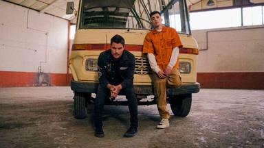 POLE y Dani Martín lanzan el esperado videoclip de 'Piratas de ciudad'