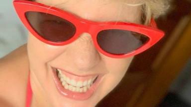 El aplaudido posado en bikini y sin complejos con el que Tania Llasera pone fin a sus vacaciones