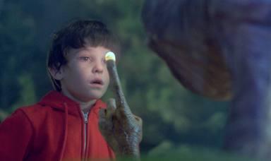 Henry Thomas da vida a Elliot en 'E.T. el extraterrestre'