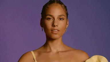 """Alicia Keys interpreta """"Underdog"""" en directo desde el salón de su casa"""