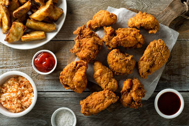 Pollo frito con el rebozado renovado