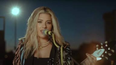 """Miriam Rodríguez estrena el videoclip de """"Dos Extraños En La Ciudad"""" desde la azotea de un edificio"""