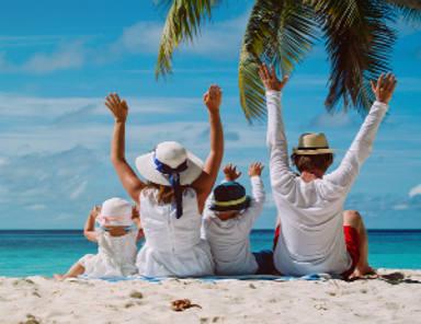 ¿En qué nos gastamos los españoles el dinero en vacaciones?