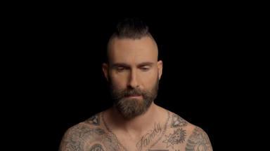 """Maroon 5 estrena el videoclip oficial de """"Memories"""" con una única presencia de Adam Levine"""