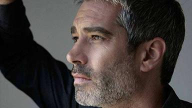 Adrià Collado el actor de 'La que se avecina' le da una bienvenida muy tierna a su nuevo hijo
