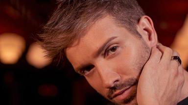 Pablo Alborán canta, cara a cara, a sus fans