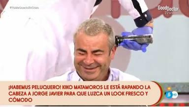 Jorge Javier no para de reír mientras Matamoros le corta el pelo